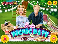 Barbie si Ken Picnic In Parc
