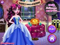 Draculaura si Decoratiunile de Halloween