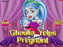 Ghoulia Yelps si Bebelusul