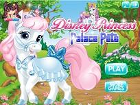 Palace Pets Imbraca Poneiul