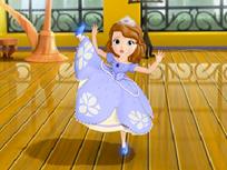 Sofia Intai Danseaza