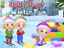 Fetita Hazel Distractie de Iarna