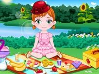 Bebelusul Anna la Picnic