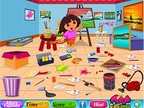 Dora Curatenie in Sala de Pictura